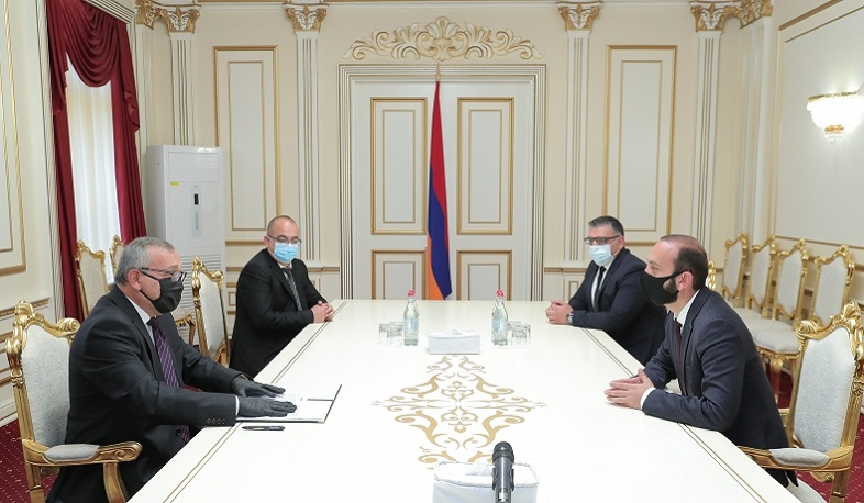 Ararat Mirzoyan received his Artsakh counterpart in Yerevan