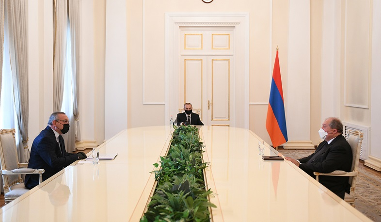 The RA president received the speaker of the Artsakh National Assembly