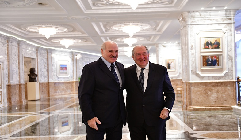 Armen Sargsyan congratulated Alexander Lukashenko on Independence Day