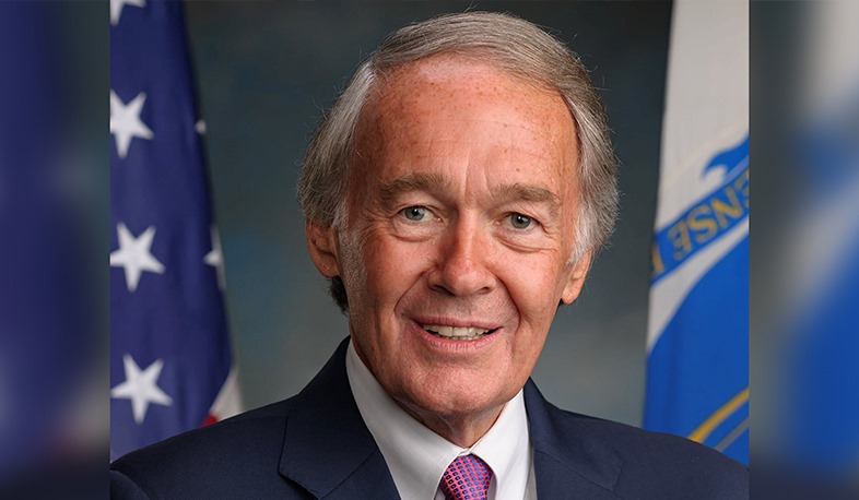 If Azerbaijan continues to use military force, the international community will have no choice but to recognize Artsakh's independence. US Senator