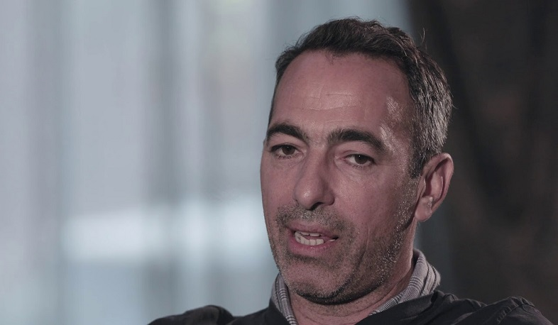 We will always be by your side, you will not be alone. Youri Djorkaeff