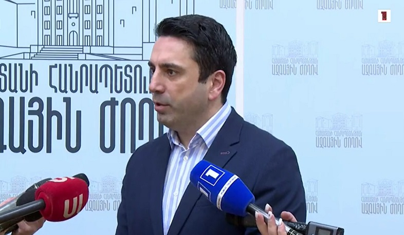 There is no conflict between the government and the army. Alen Simonyan