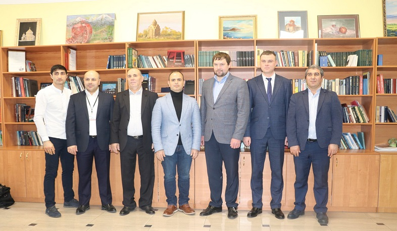 Zareh Sinanyan participates in the all-Russian congress organized by