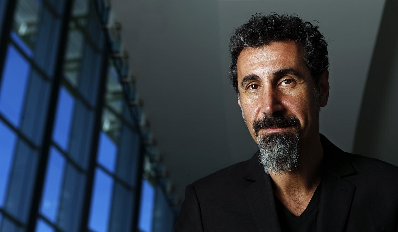 Serj Tankian released a video for the song 'Electric Yerevan'