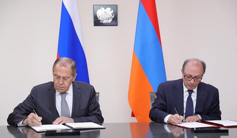 Ara Aivazian and Sergey Lavrov signed biosecurity memorandum between Armenia and Russia