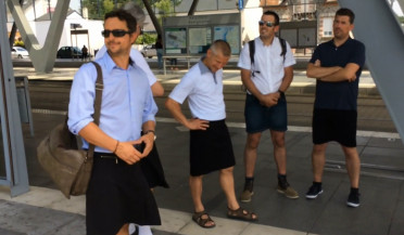 Nantes drivers wear skirts to work