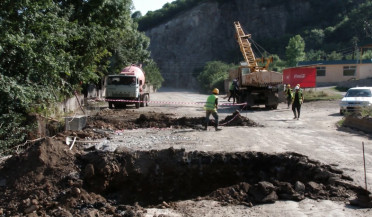 Road from Vanadzor to Georgia under reconstruction