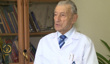 Famous surgeon Suren Zohrabyan dies at 96