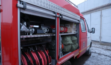 Rescue trucks to Armenian regions