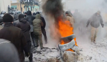 More clashes in Ukraine