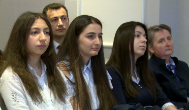 Five Armenian students to study in English schools