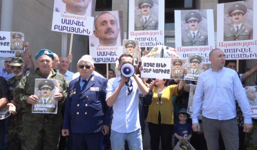 Protesters demand freedom for Samvel Babayan