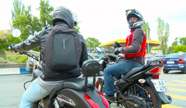 Road Police holds discussions with bikers