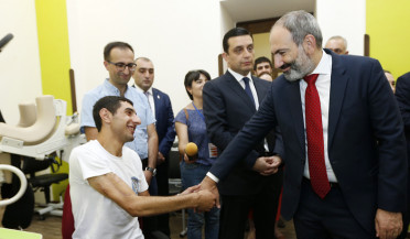 PM Pashinyan visits Soldier House