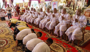 Thailand cave boys ordained in Buddhist ceremony