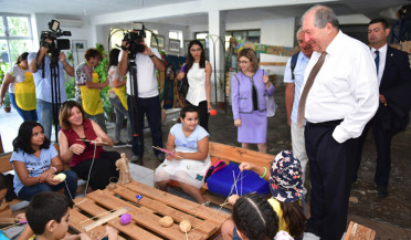 Armen Sargsyan visits Mkhitar Sebastatsi educational compound