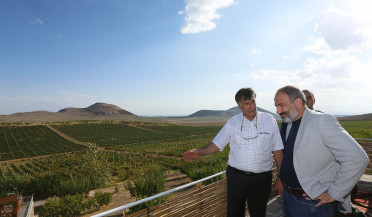 Nikol Pashinyan visits Armavir and Aragatsotn regions