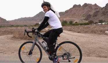 Arianne Caoili ends bike ride in Agarak