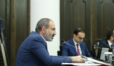 People expect constructive work from public system, says Pashinyan