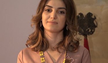 First female Mayor of Armenia swears in