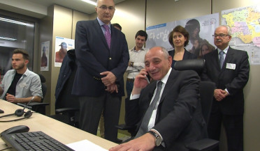 Bako Sahakyan participates in phonathon in Paris