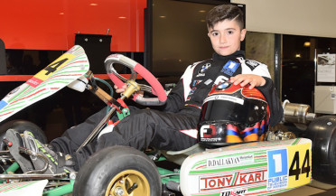 9-year-old Armenian cart racer to participate in international competitions