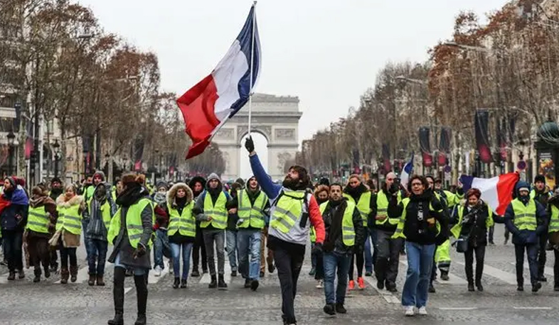 News interviews Armenian founder of Yellow vests movement