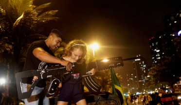 International news: Brazil loosens gun ownership laws