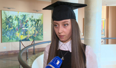 125 students receive Synopsis diplomas