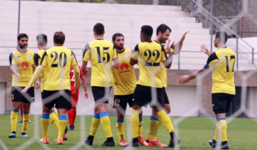 Fight for title continues in APL