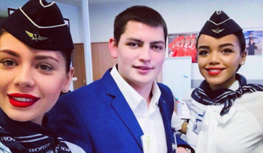 22-year-old steward saves lives during plane fire