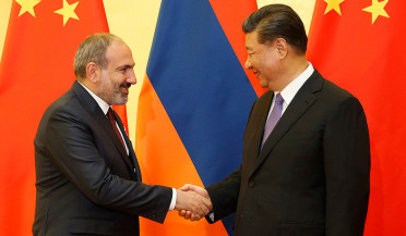 Armenian PM meets Chinese President