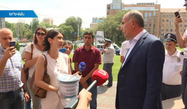 Aghyusagortsner Street suffers from lack of sewer