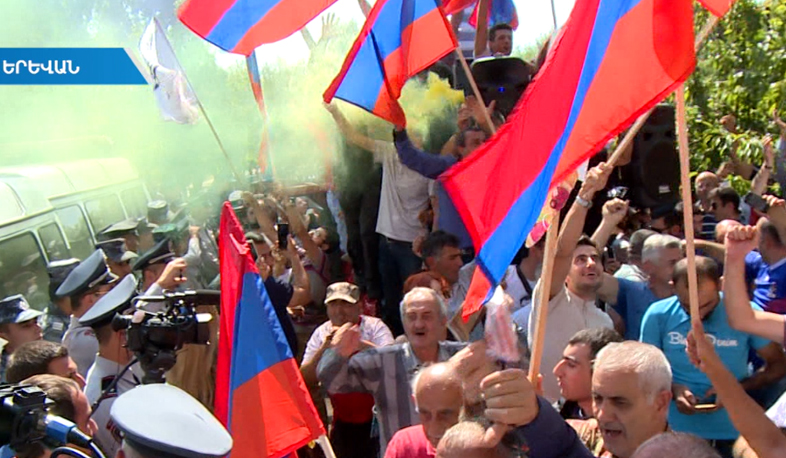 Robert Kocharyan supporters to protest