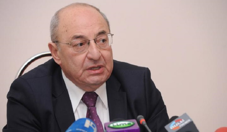 Vazgen Manukyan resigns from the Public Council